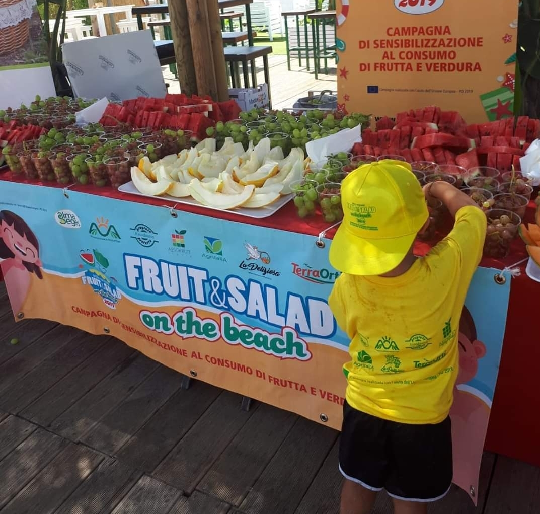 Parte la decima edizione di Fruit & Salad on the Beach
